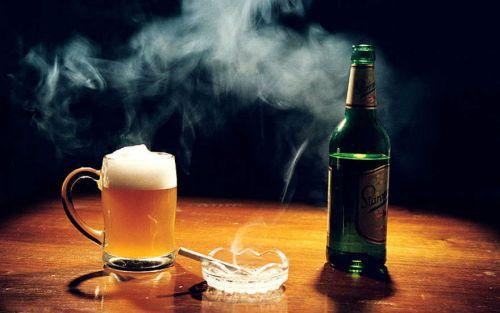 Алкоголь и сигарета