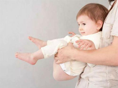 Поза для дефекации для ребенка