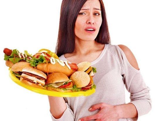 Гамбургеры на тарелке