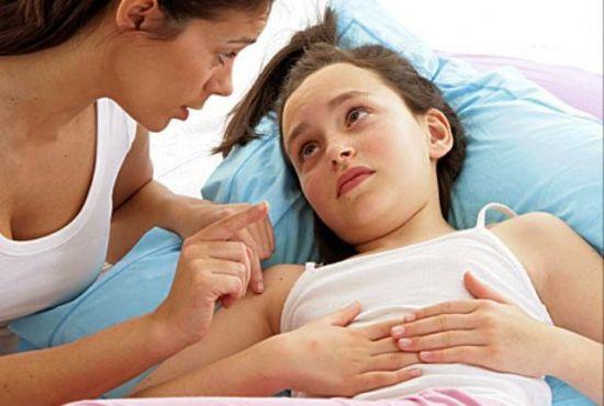 Мать и больной ребенок