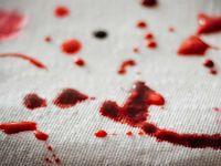 Кровь на салфетке