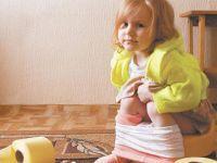 Ребенок на горшке