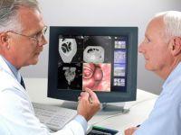 Обсуждение снимков кишечника на экране
